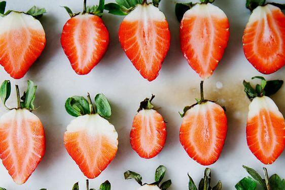 Ягодите са любим плод на много дами. Освен вкусни, те