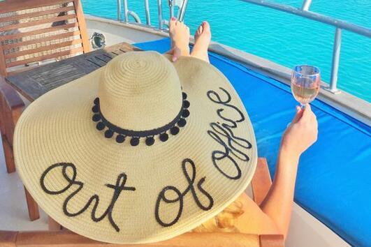 5 вида шапки с периферия, които да носите това лято
