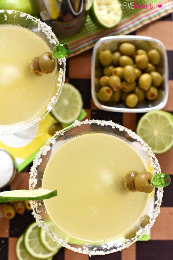 Защо да оставим маслината в коктейла си?