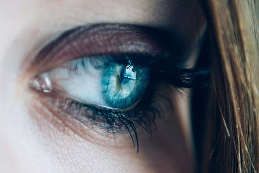Ето как да се грижите за очите си, ако те са чувствителни