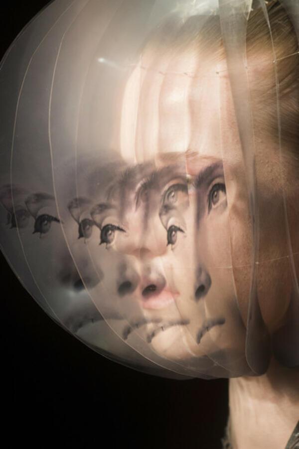 Новата колекция на кралицата на 3D принта Iris van Herpen