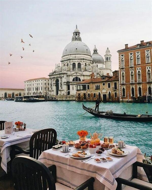 От Венеция с любов