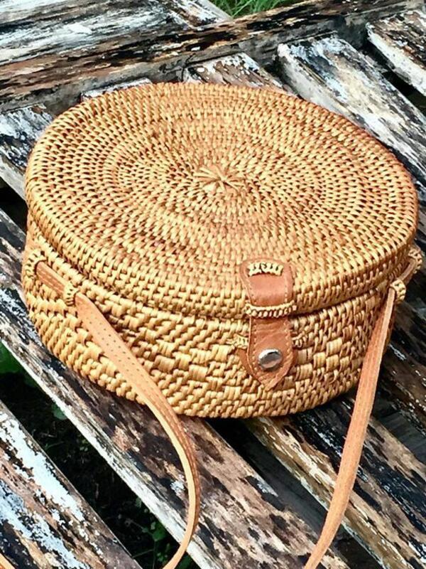 Ще се влюбите в тези ратанови чанти