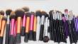 Как да почиствате и дезинфекцирате четките си за грим (ВИДЕО)