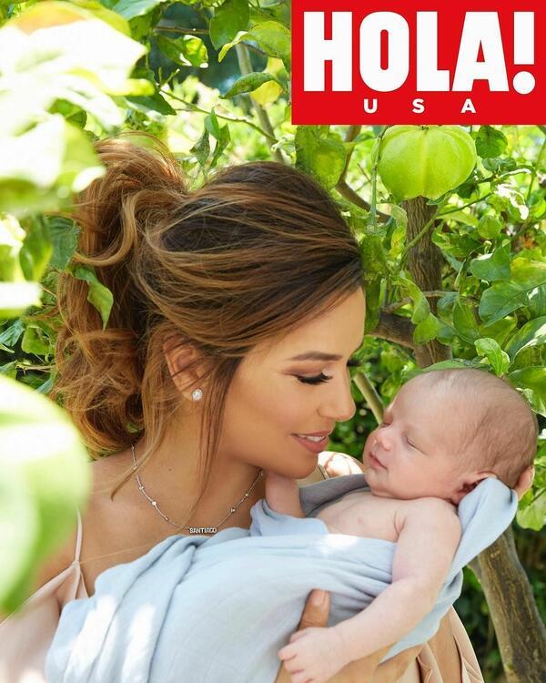 Ева Лонгория във фотосесия с бебето