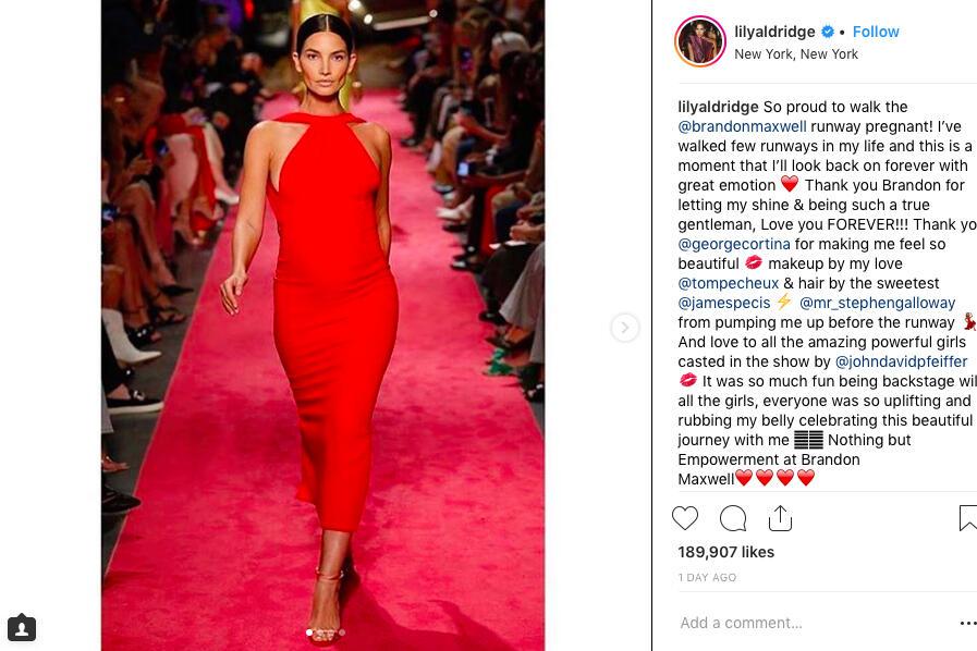 Красавицата Лили Олдридж дефилира на модния подиум на седмицата на