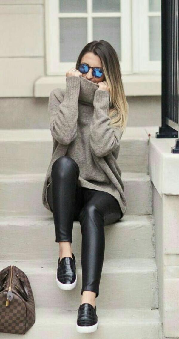 Оувърсайз пуловери, които трябва да пробвате