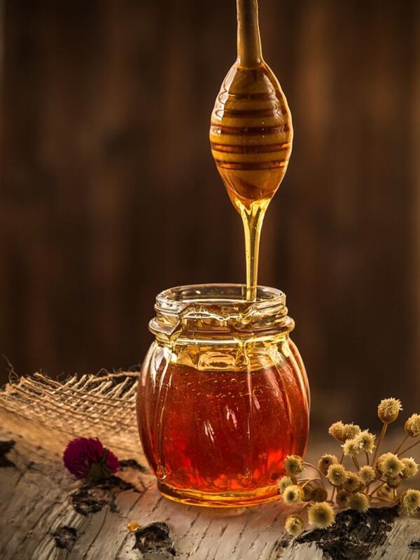 Колко е полезно да си хапваме мед за здравето и красотата?