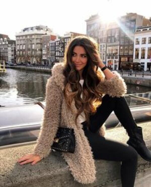 Пухкави палта, които трябва да имаме и как да ги носим?