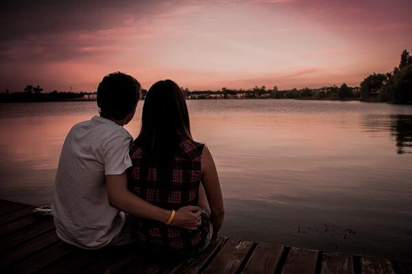 10 начина да накарате любимия си да ви иска повече от всякога