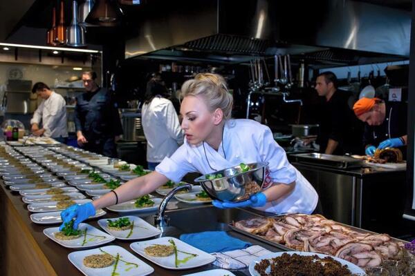 """Шеф Елена Петрелийска: """"Най- любимите ми рецепти, са онези, които са сготвени правилно и с мисъл"""""""