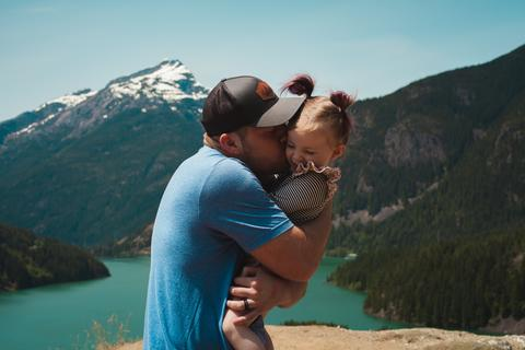 Скъпи татко, благодаря, че не се отнасяше с мен като с принцеса ...