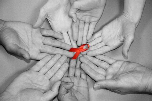 Борбата със СПИН е всеки ден