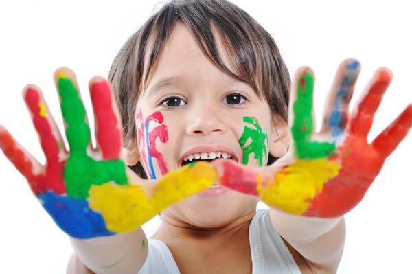 За децата, рисунките и играта