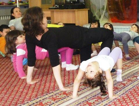 За танците, изкуството и малките балеринки